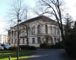 Stolzer_Stammsitz_der_Muelheimer_Casinogesellschaft_erbaut_1842_in_der_Kunststadt_Muelheim_an_der_Ruhranlage_Foto_by_Ivo_Franz