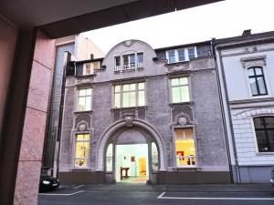 AT_NIGHT_Ausstellung_Ni-HAO-TAIWAN_in_der_Galerie-an-der-Ruhr_Muelheim_Foto_by_Ivo_Franz
