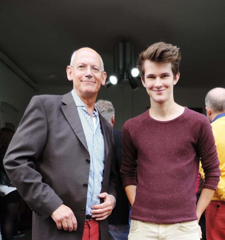 Konrad Kollnig und Ivo Franz stellen die neue KUNST-APP für die Kunststadt Mülheim vor