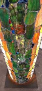 Pylone_von_Doc_Davids_zur_Kunstausstellung_MIGRINT_2014_Werk_Friedliche_Koexistenz__in_der_Galerie-an-der-Ruhr_Foto_Ivo_Franz