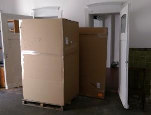 28_Quadratmeter_Leinwand_von_Dieter_Bachmann_geliefert_in_die_Galerie-an-der-Ruhr_in_der_Kunststadt_Muelheim_Foto_Ivo_Franz