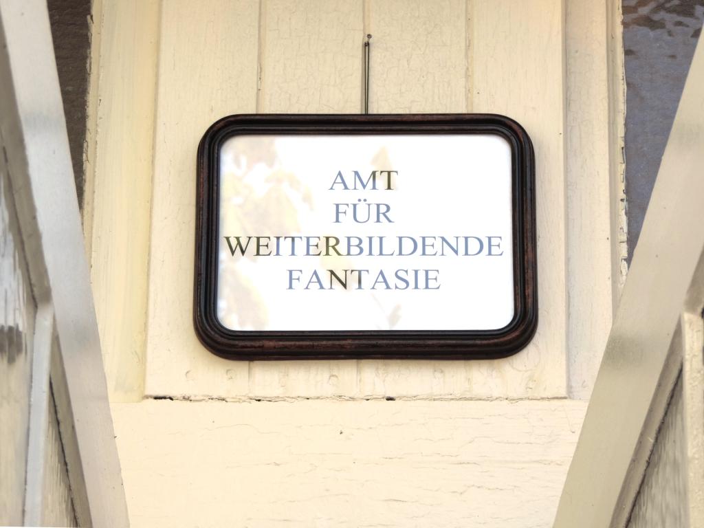 Neu in Deutschland – das Amt für weiterbildende Fantasie – Ausstellung DESIDERATA findet in Mülheim an der Ruhr statt