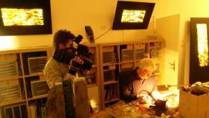 WDR-Aufnahmen_im_Atelier_von_Doc_Davids_bei_den_Muelheimer_Kunsttagen_in_der_Galerie-an-der-Ruhr_Ruhrstr.3_Foto_Ivo_Franz_