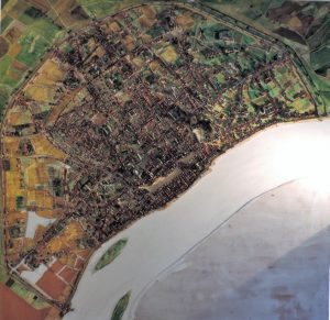 Vollplastisches_Stadtmodell_Koeln_Draufsicht_von_Theo_Giesen_im_Nedelmann-Kunstmuseum-Muelheim