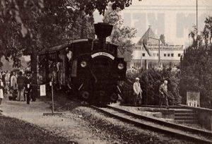 Am Wasserbahnhof nahe beim KUNSTBAHNHOF MUELHEIM IN DER RUHRANLAGE - Die Zillertalbahn zu Gast