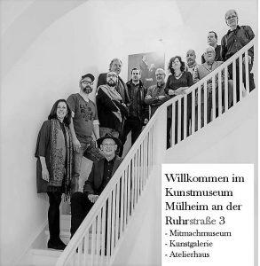 Vorne links die Mülheimer Kunsthistorikerin Dr. Laura Rodriquez, daneben Galerieleiter Ivo Franz