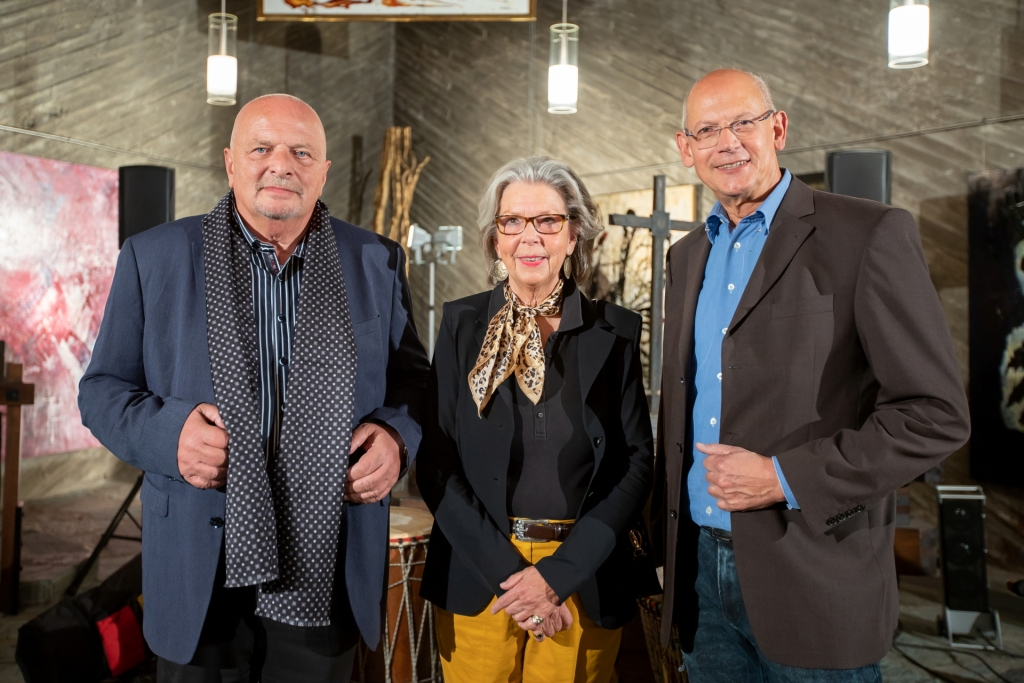 """Teilnahme an der Ausstellung """"WAS WIEGT KUNST"""" in Köln – Kulturkirche Ost"""